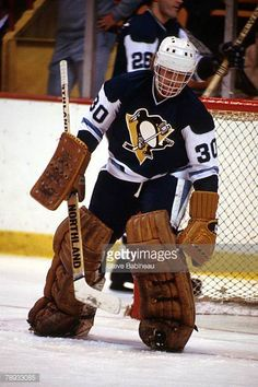 s-gord-laxton-of-the-pittsburgh-penguins-in-goal-against-the-boston-picture-id78933085 (408×612) Hockey Goalie, Hockey Games, Ice Hockey, Pittsburgh Penguins Goalies, Boston Pictures, Lets Go Pens, Goalie Mask, Good Ol, Canada
