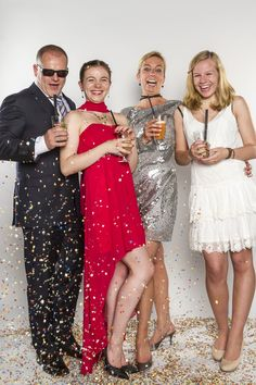 Sequin Skirt, Sequins, Prom, Girls, Fashion, Brandenburg, Ball Gown, Evening Gowns, High School Seniors