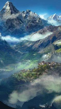 El valle en Himachal Pradesh, India - Kullu Valley es el mayor valle en el distrito de Kullu, en Himachal Pradesh, India. El río Beas corre por el centro del valle