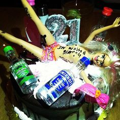 cake for birthday! Barbie Funny, My Best Friend, Best Friends, 21st Birthday, Birthday Ideas, Ugly Dolls, Cupcake Cakes, Cupcakes, Made Goods