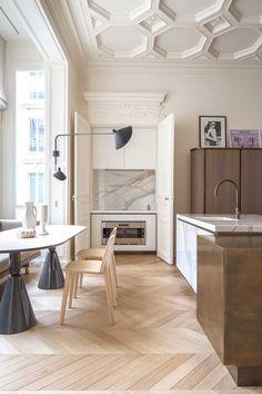 Home Design Ideas: 10 inspiring modern apartment designs Deco Design, Küchen Design, Design Ideas, Design Projects, Design Firms, House Ceiling Design, House Design, Interior Design Kitchen, Interior Decorating