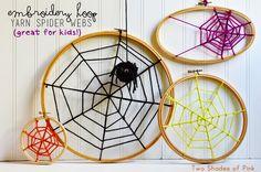 DIY Embroidery Hoop Yarn Spider Webs | Eighteen25 Halloween Projects, Halloween Kids, Halloween Treats, Holidays Halloween, Happy Halloween, Halloween Party, Cute Halloween Decorations, Fall Decorations, Halloween Embroidery