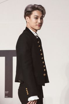 Kai - 161202 2016 Mnet Asian Music Awards, red carpet  Credit: Double Sweet.DAILYEXO