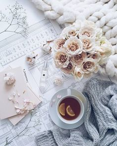 I'm starting the day with beautiful flowers, new fragrance from and tea. Yes tea. Not coffee 😊 Have a… Flat Lay Photography, Coffee Photography, Morning Photography, Breakfast Photography, Photography Flowers, Travel Photography, Flatlay Instagram, Photo Pour Instagram, Fall Inspiration