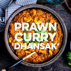 This Dhansak is a an easy and protein-packed prawn curry thats ready in just 30 minutes. This Slimming World curry will soon become one of your favourite dishes. Seafood Curry Recipe, Shellfish Recipes, Curry Recipes, Seafood Recipes, Indian Food Recipes, Asian Recipes, Cooking Recipes, Shrimp Curry, King Prawn Recipes