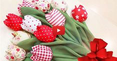 Video DIY: Sewing Flowers from Fabric, Tulips for Any Occasion Fabric flowers. Video DIY: Sewing F Making Fabric Flowers, Felt Flowers, Flower Making, Crocheted Flowers, Fabric Crafts, Sewing Crafts, Sewing Projects, Burning Flowers, Fabric Flower Tutorial