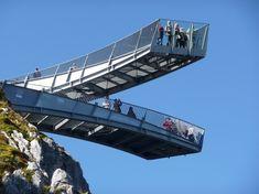 Aussichtsplattform Alpspix | Garmisch-Partenk, Germany  War selbst schon da und ich kann sagen die Reise dorthin ist es aufjednfall wert!:)