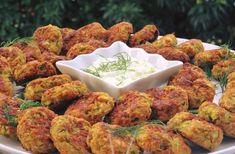 ΚΕΦΤΕΔΑΚΙΑ ΛΑΧΑΝΙΚΩΝ ΦΟΥΡΝΟΥ...!!! Εάν βάλετε τυρί νηστίσιμο και αφαιρέσετε και τα αυγά γίνονται και νηστίσιμα. Υλικά 2 μέτρια κολοκυθάκια 1... Greek Cooking, Easy Cooking, Cooking Recipes, Greek Recipes, Baby Food Recipes, Greek Appetizers, Healthy Snacks, Healthy Eating, Vegetarian Recipes