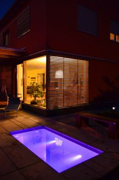 @wat Meersalzwasser-Tauchbecken / Minipool | homify Mini Pool, Smoking Causes, Sauna, Blinds, Home Appliances, Cottage, Mansions, House Styles, Outdoor Decor