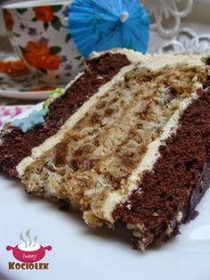 Składniki ( tortownica 23 cm) :  Składniki na biszkopt czekoladowy:  5 jajek  3/4 szklanki cukru kryształ  3/4 szklanki mąki pszennej  2 ł...
