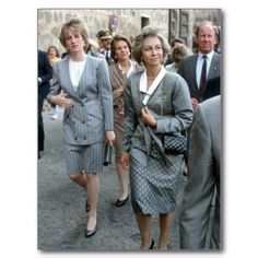 Diana and Queen Sofia visit Toledo during the Prince and Princess of Wales Royal Tour of Spain 1987.  Sadly, both Royal women have cheating husbands.