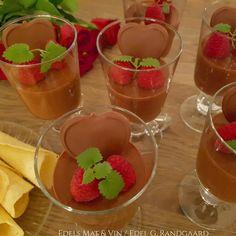 Edels Mat & Vin: SJOKOLADEMOUSSE med WHISKEY ❥ Mousse, Whiskey, Dessert Recipes, Pudding, Cakes, Food, Whisky, Cake Makers, Custard Pudding