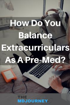 How do you balance extracurricular activities with being a pre-med? Read this post! Med Student, Student Studying, Student Life, House Md Quotes, Getting Into Medical School, Studying Medicine, College Schedule, Study Techniques, School Admissions