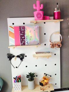 Tumblr desk