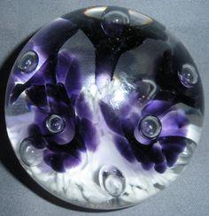 2001 JOE RICE ART GLASS PAPERWEIGHT ROUND PURPLE TRUMPET FLOWERS WHITE VINTAGE Glass Paperweights, Trumpet, Paper Weights, As You Like, Glass Art, Rice, Marbles, Blown Glass, Purple