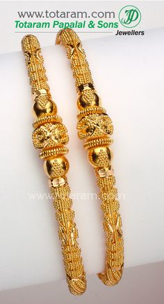 Check out the deal on Gold Bangles at Totaram Jewelers: Buy Indian Gold jewelry & Diamond jewelry Gold Bangles Design, Gold Jewellery Design, Designer Bangles, 22 Carat Gold, Clean Gold Jewelry, Jewelry Stores, Diamond Jewelry, Antique Jewelry, Jewelery