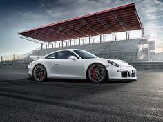 Sensational! The amazing Porsche 911 GT3