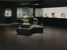 Nezu Museum, Tokyo Japan. Das Nezu Museum ist bekannt dafür, dass es sowohl antike japanische Nationalschätze, als auch Gemälde und Skulpturen beherbergt.  Als das Gebäude in 2006 erneuert wurde, war der preisgekrönte Architekt Kuma Kengo verantwortlich für die Architektur und das innere Design. Um eine passende Kombination aus individuellem Look und geräuschlosen Boden zu schaffen, fiel die Wahl auf Kork.  Quelle: Amorim #Kork