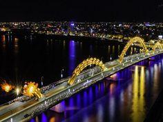 Cầu Rông Đà nẵng phun lửa mấy giờ?  http://vemaybayreonline.net/hoi-dap-cau-rong-da-nang-phun-lua-may-gio/