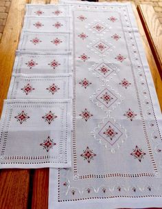 White table runner with 6 napkins, Table runner hand embroidered,Holiday runner silk embroidery and napkins Embroidered runner Hand stitched – Herzlich willkommen Hardanger Embroidery, Cross Stitch Embroidery, Ribbon Embroidery, Cross Stitch Patterns, Table Runner Size, Table Runners, Christmas Towels, Embroidery Flowers Pattern, Kurti Designs Party Wear