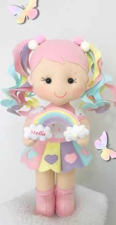 Diy Crafts Room Decor, Felt Crafts Diy, Easter Crafts, Arts And Crafts, Felt Animal Patterns, Stuffed Animal Patterns, Felt Angel, Drawings Of Friends, Felt Baby