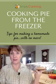 Freezing apples is even better when you know you're going to get apple pie out of it! Learn this easy method for making frozen apple slices that can quickly be removed from the freezer and baked into a delicious dessert. Freezing Apple Pie, Making Apple Pie, Freezing Apples, Freezer Meals, No Cook Meals, Easy Meals, Homemade Pie Crusts, Apple Recipes, Meat Recipes