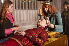 Funeral Scene of Tom Hiddleston as King Henry 5th in BBC Shakespeare Drama 'Hollow Crown' 2012