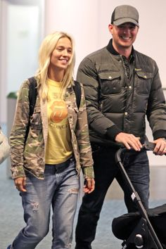Michael Buble Wife and Daughter | Michael Bublé & Luisana Lopilato's Flyguy