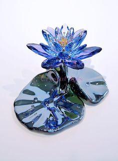 Swarovski Waterlily Lotus Flower Blue Violet Signed 1141630 Brand New In Box