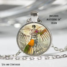 This high quality image is enhanced with a glass dome to add depth and set in a 1 finished pendant bezel in your choice of antique bronze or