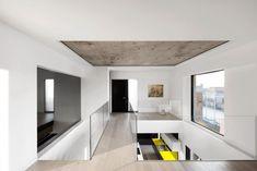 moderne Wohnung in Montreal mit modernem minimalistischen Design
