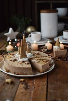 Speculoos mousse or dessert and a competition spiel Crunch . - spekulatius mousse cake or Mini Desserts, Lemon Desserts, Christmas Desserts, Easter Desserts, Christmas Nails, Christmas Crafts, Christmas Tree, Dessert Simple, Italian Cookie Recipes