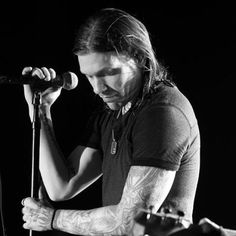 Brent Smith from Shinedown <3