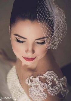 Assessoria Lidiane Fidelis : O batom vermelho para as noivas em 2014