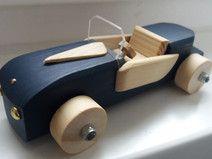"Auto aus Holz, blau, Holzauto Modell  ""Elegant"""