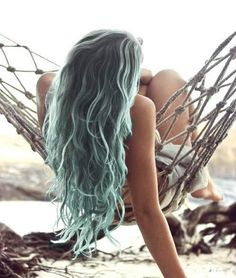 light blue ombre. LOVE