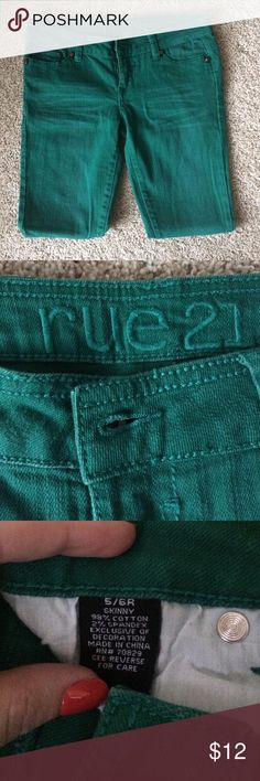 Rue 21 skinny jeans. Skinny jeans. Emerald green color. Used, in good condition. Rue21 Jeans Skinny