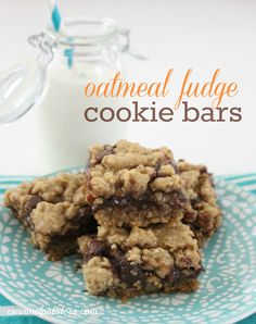 Oatmeal Fudge Cookie Bars.   Fresh baked oatmeal cookies with a creamy fudge filling - yes please!