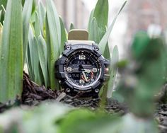 Mudmaster survives all. Each button is fitted with a cylindrical guard structure, boasting ultra-strong gaskets that resist mud and dust. G Watch, Casio Watch, G Shock, Watches Online, Digital Watch, Watches For Men, Brown, Mud, Globe