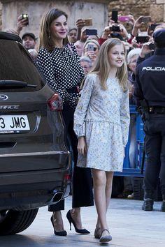 1 April 2018 — Queen Letizia & Princess Leonor   Spanish Royals Attend Easter Mass in Palma de Mallorca, Spain