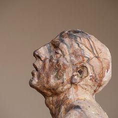 #javiermarinescultor, #javiermarin, #terrenobaldioarte, #escultura, #sculpture, #art, #penitente, #barro, #clay.