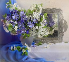 flower-still-life-flowers-mirror-blue-lilacs-best-picture-quotes.jpg (1028×922)
