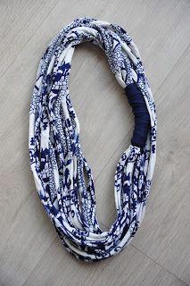 t-shirt yarn multiposition necklace 9 € collar trapillo multiposición pedidos: sandunguera@ono.com