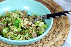 Week Cannellini with Shredded Brussels Sprouts and Sausage by The Goodness Life Shredded Brussel Sprouts, Brussels Sprouts, Cooking Recipes, Healthy Recipes, Light Recipes, Delish, Sausage, Beverages, Vegetarian