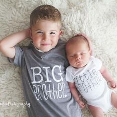 Love these big brother and little brother t shirts! Perfect way to welcome a new addition <3