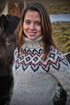 Ravelry: Gigja by Christine Einarsson