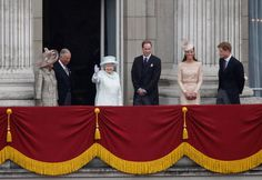 Pin for Later: The Queen's Most — and Least! — Royal Moments Through the Years Most: When She Waved From the Balcony of Buckingham Palace