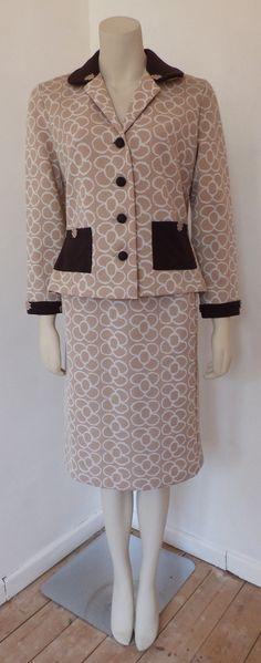 Stunning Vintage 1960s Crimplene Two Piece Ladies Suit
