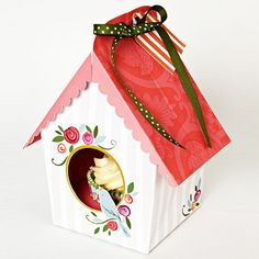 Birdhouse Cupcake Box | 18 Ways to Package Your Cupcakes