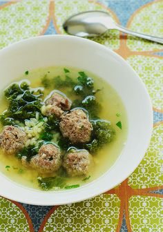 Italian Wedding Soup by Giada de Laurentis: Here is the link for the recipe. http://tinyurl.com/5ngl93 #Soup #Italian_Wedding_Soup #Giada_de_Laurentis